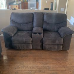 Loveseat Recliner Couch for Sale in Surprise,  AZ