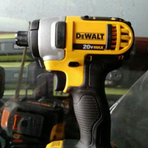 DEWALT 20V IMPACT CORDLESS TOOL ONLY SOLO LA HERRAMIENTA.......PRECIO FIRME.......FIRM PRICE...... for Sale in Riverside, CA