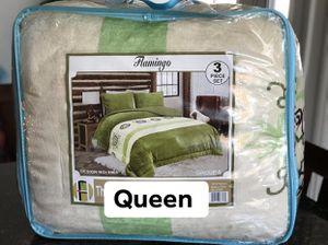 Queen Cobija de Borrego /Sherpa Reverse Blanket (NEW) for Sale in Santa Clarita, CA