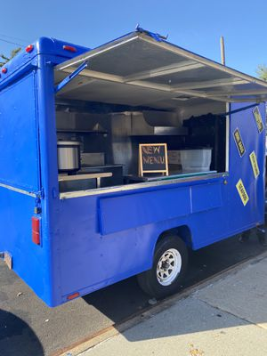 Food trailer 12' - 7' fully loaded and ready to work immediately. for Sale in Brooklyn, NY