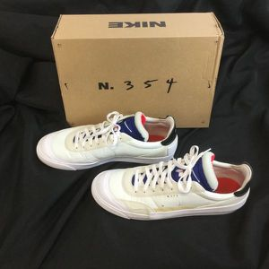 Nike Drop Type LX shoes men's size 12 for Sale in Maricopa, AZ