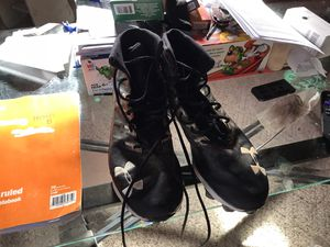 Men's under armor football cleats size 11 for Sale in Saegertown, PA