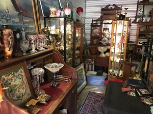 Life long collector of Antiques selling off everything!! for Sale in Portland, OR