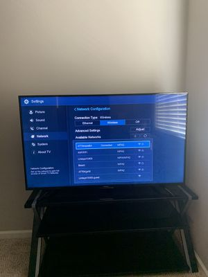 55inch smart tv for Sale in Fresno, CA