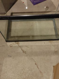 20 Gallon Fish Tank for Sale in Columbus,  OH