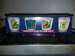 Greenbay packers NFL shot glasses for Sale in West Haven, CT