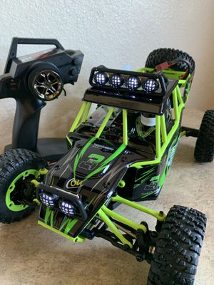 30MPH Off-Road Truggy 4x4 for Sale in San Diego, CA