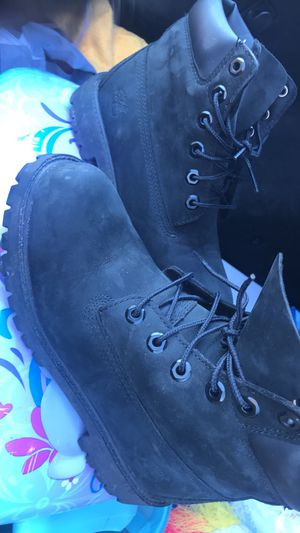 Black timberlands size 5 for Sale in Houston, TX