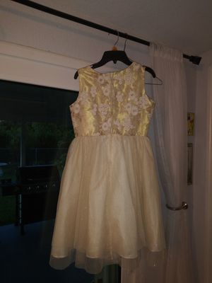 Beige and gold flower girl dress good condition size 16 for Sale in Miami, FL