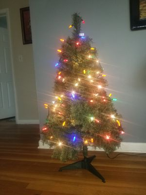 Christmas tree for Sale in Niles, IL