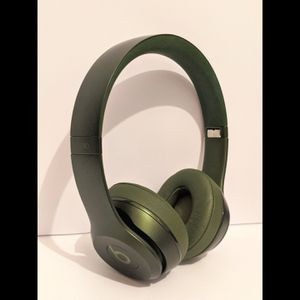 Beats Solo 2 Royal Edition:Hunter Green Headphones for Sale in Pawtucket, RI