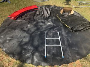 10 ft TRAMPOLINE NO FRAME for Sale in Sterling, VA