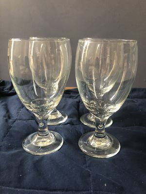 Set of 4 glasses, goblet style for Sale in Los Angeles, CA