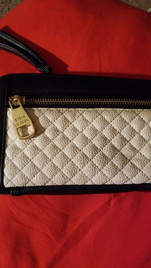 Steve madden wristlet for Sale in Colorado Springs, CO