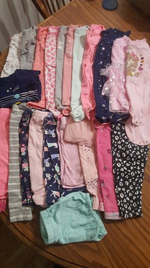 23pieces baby clothes size 9 m - 18 m for Sale in Arlington, TX