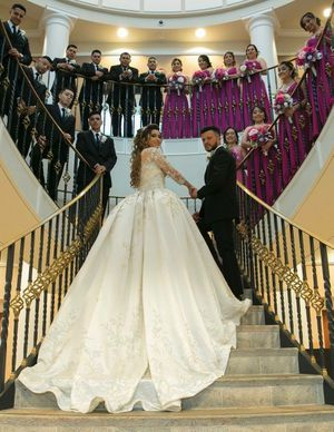 Wedding dress Swarovski for Sale in Perth Amboy, NJ