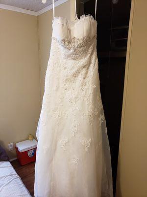 Wedding dress for Sale in Robertsdale, AL