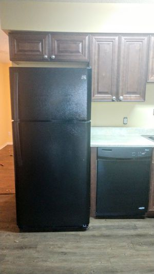 Stove dishwasher and refrigerator for Sale in Port St. Lucie, FL