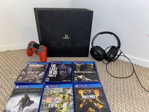 PS4 Pro 1TB, controller and headset for Sale in Laguna Beach, CA