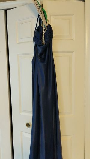 Blue halter, studded prom dress. Rouched back. Size XS for Sale in Fairfax, VA