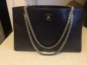 Beautiful 100% Authentic Chanel Purse (purple) for Sale in Torrance, CA