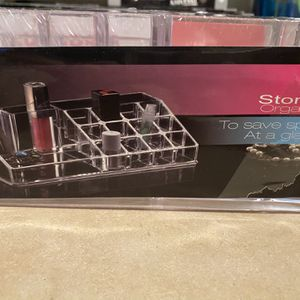 Make-up Storage Organizer for Sale in Kagel Canyon, CA