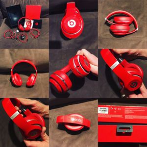 Beats(Apple) Studio 2.0 Wireless Headphones, includes everything from factory, charger, cables, booklets, box and all. Excellent cosmetic condition. for Sale in St. George, UT
