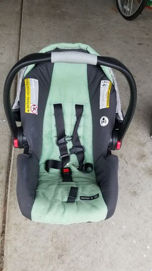 Graco SnugRide click connect 30 for Sale in Tinley Park, IL
