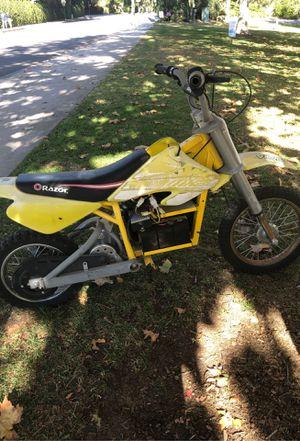 Mx650 razor dirt bike for Sale in Calabasas, CA