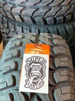 33 1250 20 SUPER LLANTAS for Sale in Phoenix, AZ