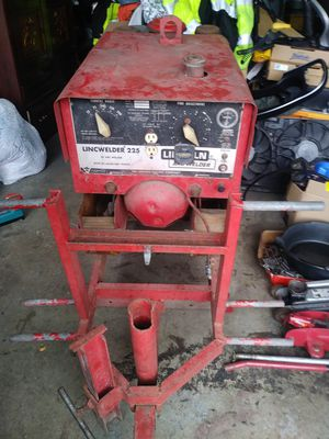 Lincoln Welder 225 AC/DC for Sale in Plainfield, IL