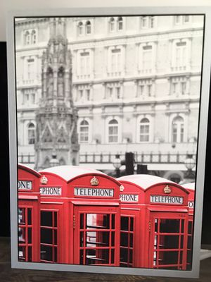 Picture London red phone booth for Sale in Brockton, MA