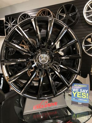 22x10 5x112 +45 Mercedes Benz amg style gloss black wheels fits ML GL SuV rims wheels tires for Sale in Tempe, AZ