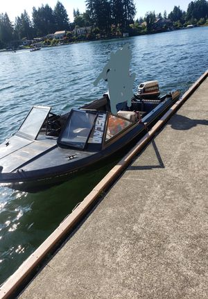 Bayliner boat & trailer for Sale in Tacoma, WA