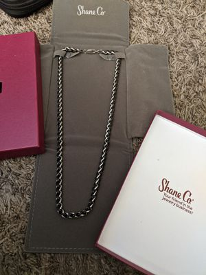24in. 2 tone. Shaneco stainless steel chain. BRAND NEW. Original box and packaging. TRADE or cash. for Sale in Phoenix, AZ