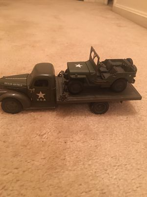 WWII 1941 flatbed Army truck & Jeep 1/32 for Sale in Gaithersburg, MD