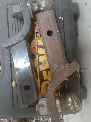 """Trailer hitch 2"""" ball for Sale in Fort Worth, TX"""
