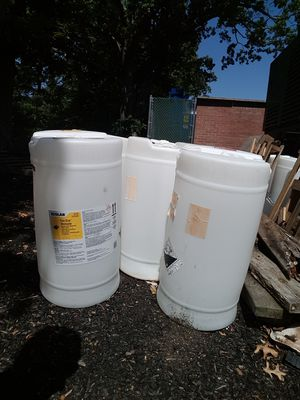 15 gallon heavy duty plastic barrels for Sale in Warwick, RI
