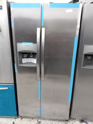 Frigidaire stainless steel side by side refrigerator for Sale in Long Beach, CA