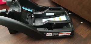 Graco car seat base click connect for Sale in Tampa, FL