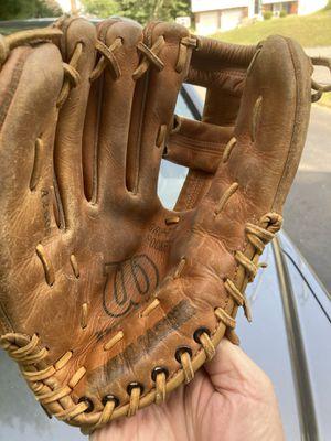 Wilson kids left handers baseball glove for Sale in Watertown, CT