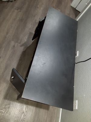 Free tv stand for Sale in Phoenix, AZ