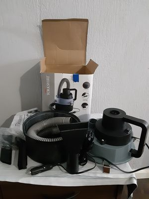 Yorkshire 12v auto vacuum wet/dry cleans spills inflates air mattresses and pool toys for Sale in Merritt Island, FL