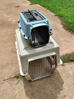 Small dog kennel +medium Carrier 25.00 for Sale in College Park, GA