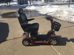 Wheelchair and Hitch Ramp-Like new for Sale in Davenport, IA