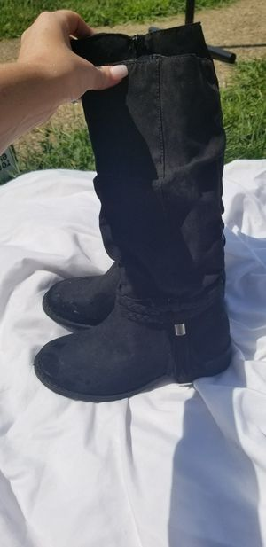 Size 1 girls boots for Sale in Beaver Falls, PA