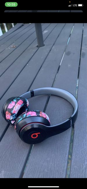 Beats Solo Wireless for Sale in Hamilton Township, NJ