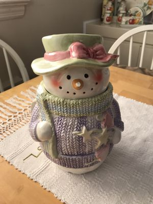 Snow mama cook Jar. for Sale in Mineola, NY