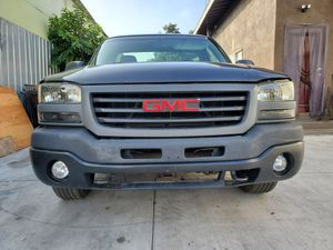 03 GMC Sierra Front End for Sale in Los Angeles, CA