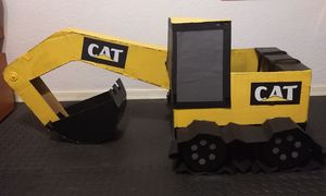 Cardboard Construction Excavator Halloween costume for Sale in Chandler, AZ